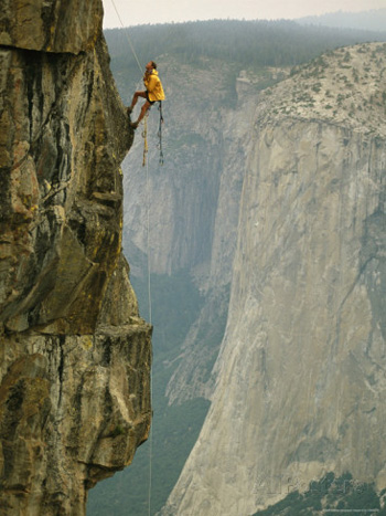 Yosemite Rock Climbing Pictures Are Both Stunning And
