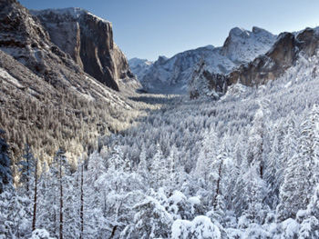 Snowy Yosemite from Tunnel view. AllPosters.com