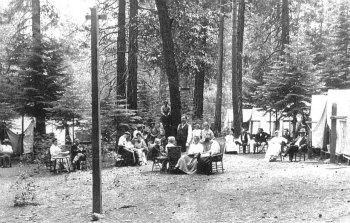 Curry. Camp Curry tents 1904. DHH Collection